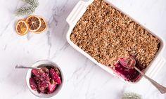 Heute gibt es einen weihnachtlichen Spekulatius-Crumble von Kolumnistin Lynn Hoefer – das perfekte Dessert für die Weihnachtstafel. Sogar glutenfrei.