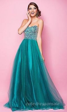 id wear it because it makes me think of ariel, the Disney princess.... I LOVE DISNEY