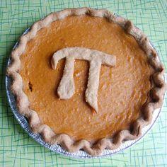 Happy Pi(e) day you math nerds! #ladybaker #teenypies #piday