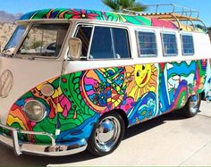 Hippies aren't into hate. Okay, which means you discover that you're a hippie. Then you are going to be a clean hippie. Then you're going to be a clean hippie. Volkswagen Transporter, Transporteur Volkswagen, Bus Vw, Vw T1, Volkswagon Van, Vw Vanagon, Hippie Auto, Hippie Car, My Dream Car