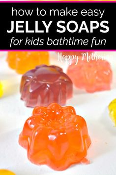 Jelly soaps are an awesome homemade natural beauty products for kids. Learn how to make, use and store these DIY lavender shower jellies that make bathtime fun! This Lush copycat recipe idea uses body wash rather than melt and pour soap base. Shower Jellies Diy, Lush Shower Jelly, Bath Jellies, Jelly Bath, Soap Making Recipes, Homemade Soap Recipes, How To Make Jelly, Jelly Recipes, Diy Jelly Soap Recipe