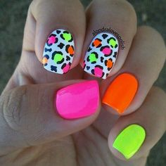 bright summer nails designs 77 Bright Neon Nails to Try This Summer Fancy Nails, Cute Nails, Pretty Nails, Neon Nail Art, Neon Nails, Bright Nail Art, Bright Nails Neon, Bright Colors, 80s Nails