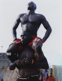 avec les lutteurs et grace wales bonner au sénégal | look | i-D