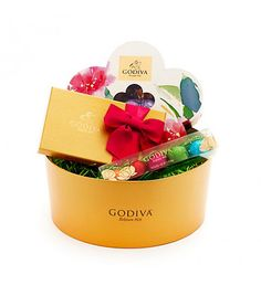 Enter to win a Godiva Spring Delights Chocolate Gift Box from The Tenors! Chocolate Gift Boxes, Love Chocolate, Printable Wrapping Paper, Chocolate Delivery, Godiva Chocolatier, Christmas Chocolate, Easter Baskets, Easter Crafts, Craft Gifts