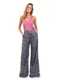 Calça Pantalona Estampa Stag