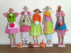 """Desde menina sempre gostei de """"panos"""", tecidos coloridos e retalhos que eu ganhava de minha madrinha, logo tinham destino certo:..."""