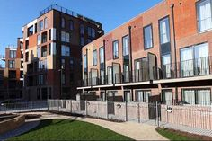 London mayor delivers 85,000th affordable home