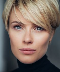 Short Hair Cuts For Women, Short Hair Styles, Hairstyles Haircuts, Cool Hairstyles, Short Choppy Hair, Pelo Pixie, Corte Y Color, Hair Affair, Hair Images