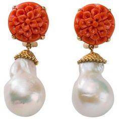Coral Pearl Drop Gold náušnice