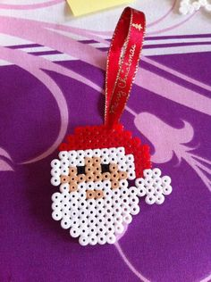 Ideal for decorating the Christmas tree. Decoration handmade in Hama, perler beads. Hama Beads Design, Diy Perler Beads, Perler Bead Art, Melty Bead Patterns, Pearler Bead Patterns, Beading Patterns, Christmas Crafts, Christmas Decorations, Christmas Ornaments