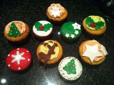 Mix van kerstcupcakes met botercreme en marsepein.. » Kerst cupcakes! » Cake voor Kenia » Fotoseries