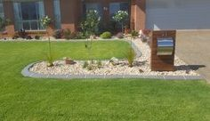 We are specialist in garden edging and kerbing services covering all across Toowoomba.  #garden #kerbing