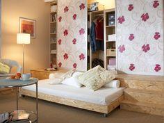 Bücherregal wand  Dachwohnung-Bücherregal-Wand-Wohnzimmer | Bücher | Pinterest ...