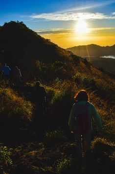 Hiking Mount Batur is an ideal way to spend a half day when in Bali, especially at sunrise when the views are intensified Bali, Sunrise, Hiking, Mountains, Nature, Travel, Walks, Naturaleza, Viajes