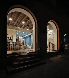 Galería de OD Blow Dry Bar / SNKH Architectural Studio - 4