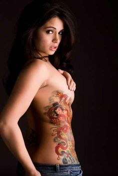 Breast Tattoo # 143 - Hot babe inked with Japanese geisha tattoo going down from breast to rib area:) Hot Tattoos, Unique Tattoos, Beautiful Tattoos, Body Art Tattoos, Amazing Tattoos, Female Tattoos, Torso Tattoos, Tattoo Girls, Girl Tattoos