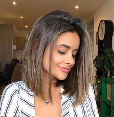 2020 New Arrival Blonde Wigs Blue Lace Front Bob Wig – Clothingsee Frontal Hairstyles, Long Bob Hairstyles, Hairstyles With Bangs, Medium Straight Hairstyles, Celebrity Hairstyles, Pretty Hairstyles, Short Straight Hair, Short Hair With Bangs, Short Hair Cuts
