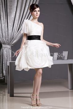 Ivory/ Black A-Line Short Sleeveless Bridesmaid Dress