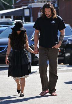 Jason Momoa and Lisa Bonet, really? He is so hot, her? lol