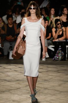 Christian Siriano Spring 2016 Ready-to-Wear Collection Photos - Vogue