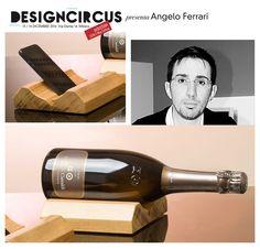 X-Mas Edition / 13 -14 Dicembre 2014 / Open: 10.00 > 20.00 Si chiama WoW il porta-bottiglia in legno che, all'occorrenza, si trasforma in complemento d'arredo o in supporto per dispositivi hi-tech. Perfetto in ambienti moderni come classici, è una creazione di Angelo Ferrari di Ferrari Arredamenti. Lo trovate in esclusiva a DesignCircus, il 13 e 14 dicembre!
