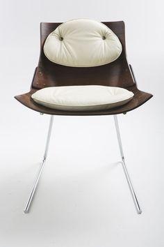 Cadeira Kanguru, de Jorge Zalszupin