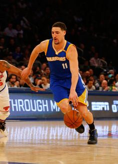 Klay Thompson of the Golden State Warriors in action against the New York Knicks at Madison Square Garden on March 5 2017 in New York City The...
