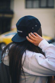I need that supreme snapback Supreme Hat 567b6bec909e4