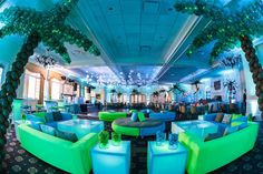 Blue & Green Bat Mitzvah NJ - Island, Travel, Beach Theme with Palm Tree Balloons {By Balloon Artistry, Sarah Merians Photography} - mazelmoments.com