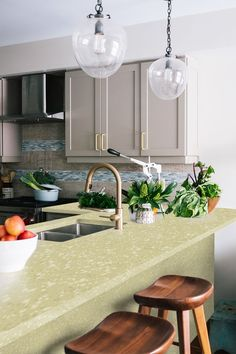 The Granalt Ivory tile is perfect for your kitchen, even more so if you want softer tones that compliment your kitchen cabinets, and a feeling of subtle luxury. Glazed and vitrified, it will help you transform your space entirely. #kitchen #countertop #ideas #kitchenremodel #homdecor