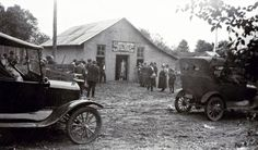 Floyd Collins's funeral. Floyd Collins, Cave City, Nifty, Funeral, Antique Cars, Rocks, Gems, Antiques, Vintage Cars