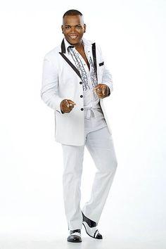Willy Garcia y su éxito Así es que se baila en Cali  @WILLYGARCIA_ @irmanet07 cel 3155524952 Feria de Cali MIra su video... http://www.vivalaradiotelevision.com/#!williy-garcia-/c16oh
