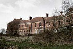 The 15 creepiest abandoned places in Britain you'd NEVER spend the night in – The Sun Abandoned Cars In Dubai, Abandoned Places In The Uk, Abandoned Mansion For Sale, Abandoned Detroit, Abandoned Theme Parks, Abandoned Churches, Abandoned Asylums, Abandoned Hospital, Spooky Places