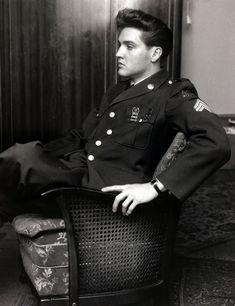 Elvis Presley: a life in pictures, 40 years after his death #ElvisPresley
