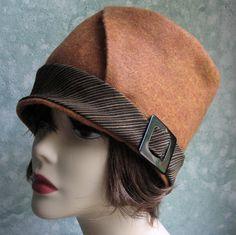 Womens Flapper Hat Pattern Felt With Bias Cut door kalliedesigns