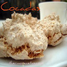 ¿Buscas una receta con la que aprovechar las claras de huevo? Te mostramos como hacer unas sabrosas cocadas Sin Gluten, Cakes And More, Stevia, Mexican Food Recipes, Baked Goods, Food And Drink, Coconut, Sweets, Cookies