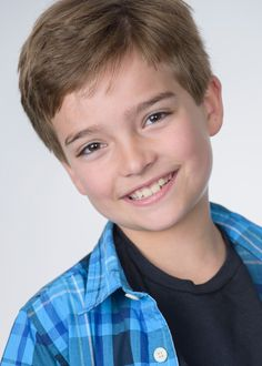 Picture of Elias Harger in General Pictures - Kids Photography Boys, Family Photography, Cute Teenage Boys, Cute Boys, Max Fuller House, Michael Champion, Candance Cameron Bure, Scott Weinger, Beauty Of Boys