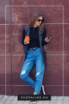 Boyfriend jeans look casual. But how can you combine them? Boyfriend Jeans Kombinieren, Farmer Outfit, Boyfriend Style, Boyfriend Farmer, Treggings, How To Wear Leggings, Trends, Denim Fabric, Look Cool