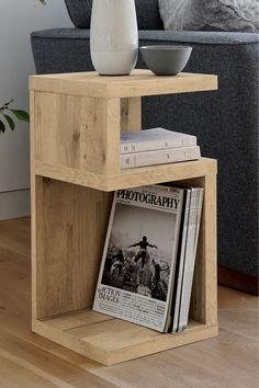 41 Ideas For Light Oak Bedroom Furniture Side Tables Furniture Projects, Wood Projects, Diy Furniture, Furniture Design, Burlap Projects, Light Oak Furniture, Brown Furniture, Primitive Furniture, Burlap Crafts