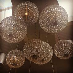 Arlandan kattokruunut #arlanda #stockholm #airport #travel #chandeliers #travelgram #travelingtheworld #blingbling #instapic