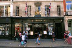Hatchards, la plus ancienne librairie de Londres toujours en activité.