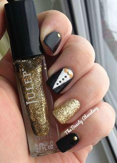 Julep Oscars black and gold tuxedo  inspired manicure to celebrate tonight red-carpet! #Oscars #manicure #nails #nailart #tuxedonails #oscarsnails