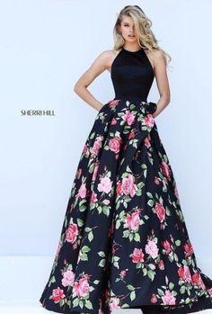 Siempre preciosos vestidos de Sherri Hill #ootd #outfitoftheday #lookoftheday #moda #estilo #fashion #style #outfit #look #clothes #fashionista #streetstyle #streetwear #streetfashion #blogger #fashionblogger #trendy #fashionblog #fashionable #fashionstyle