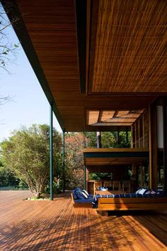 Guarujá House by architects Bernardes + Jacobsen, located in the Brazilian forest.