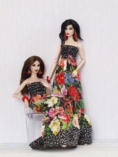 olgaomi' on eba Fashion Royalty Dolls, Fashion Dolls, Bristol Bridge, Beautiful Dolls, High Fashion, Strapless Dress, Short Sleeve Dresses, Boho, Plaid