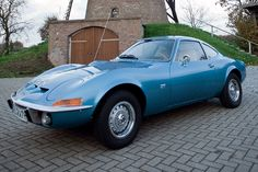 Opel GT 1900 A-L 1970 Maintenance/restoration of old/vintage vehicles: the material for new cogs/casters/gears/pads could be cast polyamide which I (Cast polyamide) can produce. My contact: tatjana.alic@windowslive.com