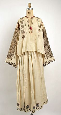 Ensemble Date: century Culture: Romanian Traditional Fashion, Traditional Dresses, Historical Costume, Historical Clothing, Ethnic Dress, Folk Costume, Costumes, Vintage Fashion, Style Inspiration