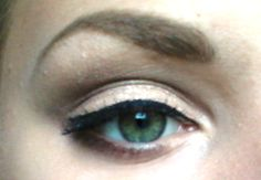 i did a thing / make up for green eyes