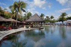 The Hotel Keraton Jimbaran Beach Resort is a hotel located in Kuta Selatan. Book on the Official Website of the Hotel Keraton Jimbaran Beach Resort. Bali Resort, Resort Spa, Beach Resorts, Hotels And Resorts, Flights To Bali, Bali Accommodation, Jimbaran Bali, Honeymoon Romance, Beachfront Property