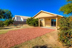 To Learn more about this home for sale at 2071 W. Double Eagle Dr., Oro Valley, AZ  85737 contact McKenna St. Onge (520) 730-4257